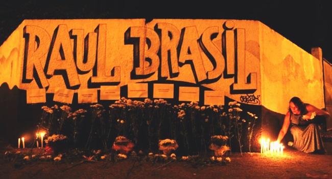 brasil cópia eua armas massacre escola barbárie