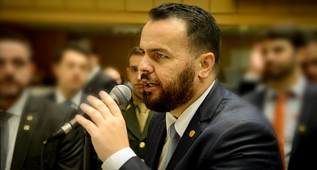 Deputado bolsonarista exames toxicológicos universidades públicas