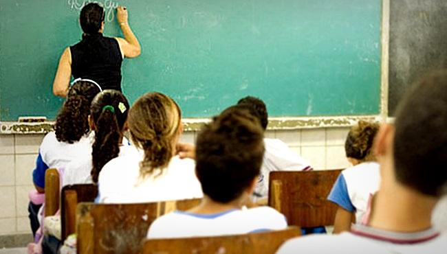 Professoras vítimas crueldade na reforma da Previdência