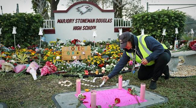 suicídios ferida deixada massacre de Parkland