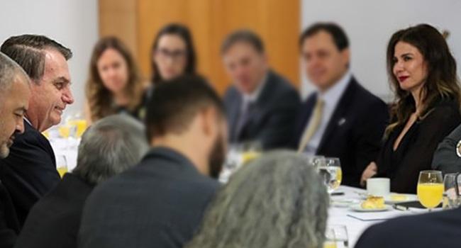 Bolsonaro dicas de Luciana Gimenez para a Previdência