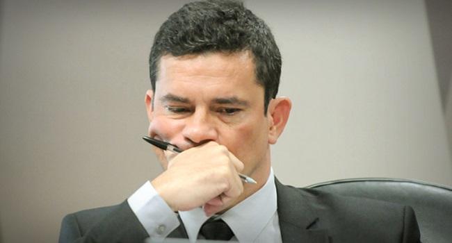 Colunista de jornal português rebate Sergio Moro sobre ex-premier