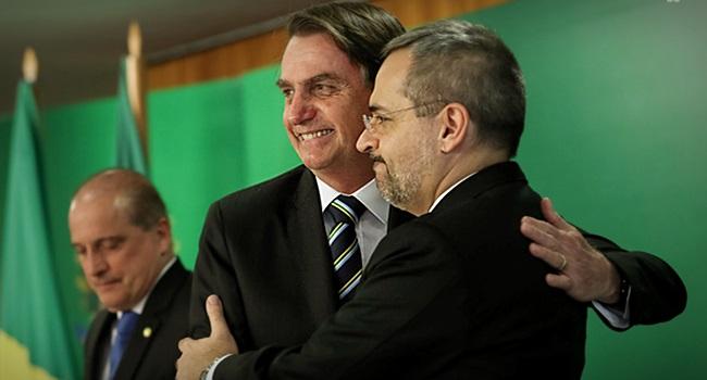 O governo Bolsonaro sentidos de educação escola universidade