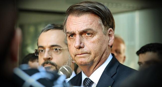 Jair Bolsonaro alerta amputações de pênis água e sabão