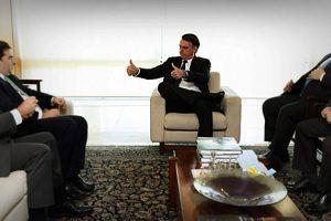 bolsonaro-cede-a-pressao-de-parlamentares-e-decide-recriar-dois-ministerios1