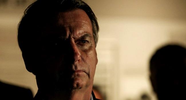 entrevista à Veja Bolsonaro admite descontrole emocional direita