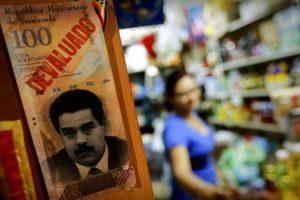sancoes-dos-eua-contra-venezuela-causaram-40-mil-mortes-aponta-relatorio