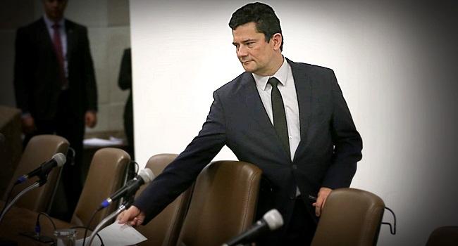 qualquer país escândalo para o ministro renunciar direito FGV