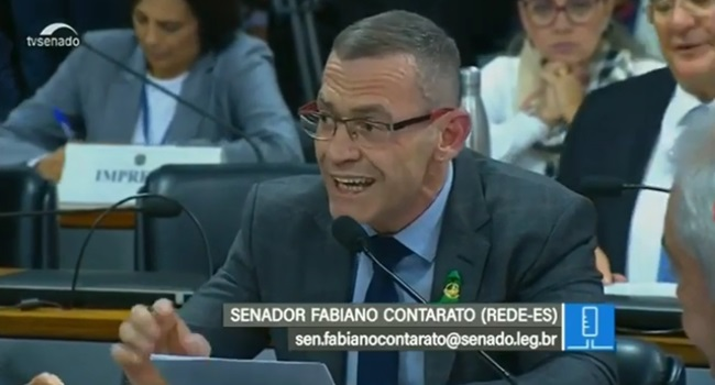 Senador que foi eleito apoiando a Lava Jato enquadra Sergio Moro