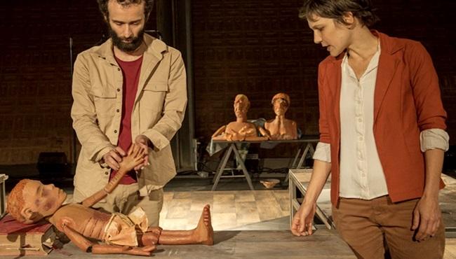 Kiwi Companhia de Teatro volta com Fome.doc desigualdade são paulo