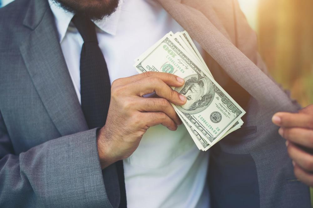 procurador dinheiro salário miserê
