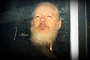 julian-assange-morrer-cadeia-junta-medicos1