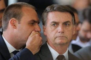 Eduardo-Jair-Bosonaro-Ernesto-Araujo-Relações Exteriores