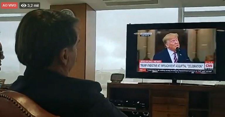 Bolsonaro live trump