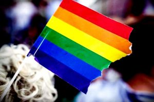 youtuber-multado-homossexuais-aberracao