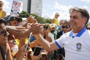 Bolsonaro-Manifestacao-CongressoNacional-15Mar