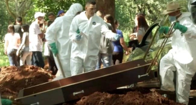 Coveiros admitem não normal cemitérios de SP