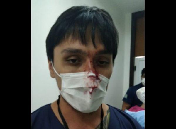 paciente ataca médico curitiba