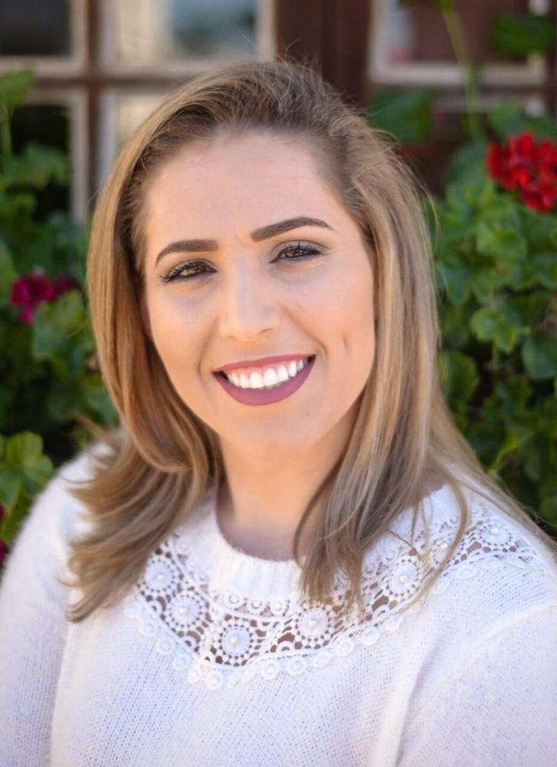 Aline Scapinello dentista