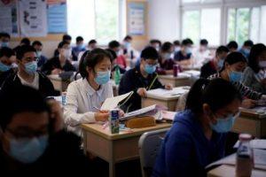 china-escolas-covid