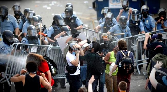 Forças do Estado face pandemia América violência policial