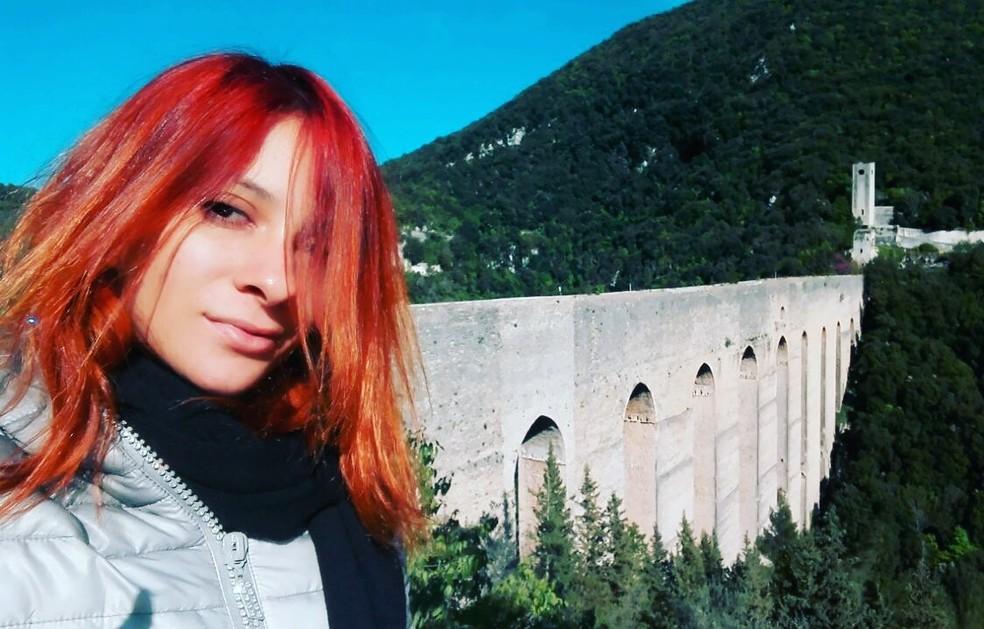 Caroline Paiva de Souza itália