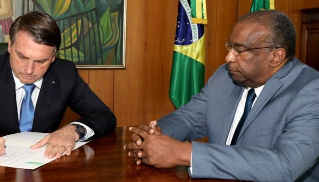 caso Decotelli racismo governo bolsonaro plágio