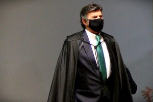 futuro-presidente-do-stf-fux-chama-paulo-guedes-de-genio-do-governo