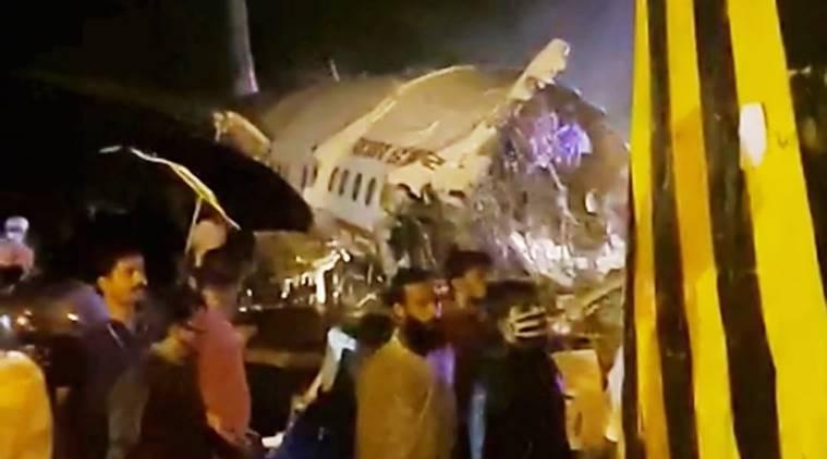 acidente avião índia