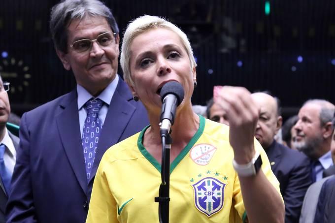 cristiane brasil roberto jefferson