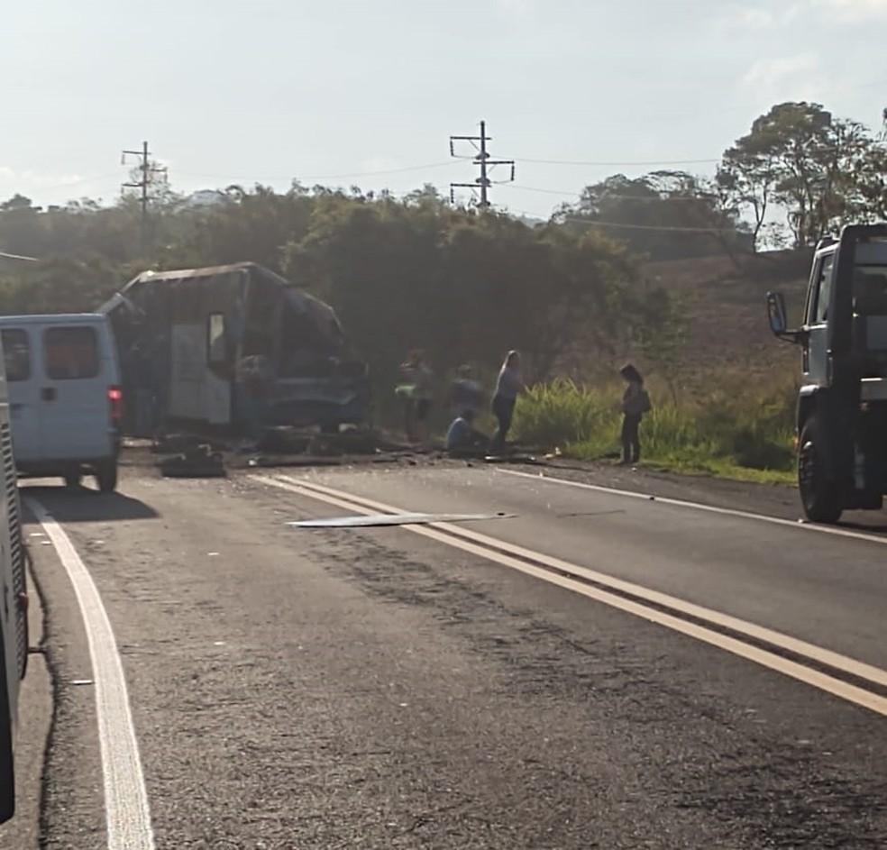 acidente entre Taguaí e Taquarituba