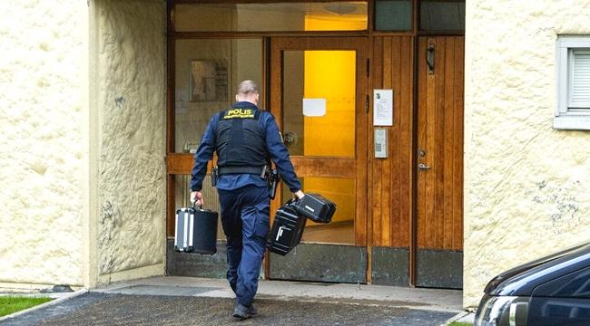 Mãe presa trancar filho em casa 30 anos Suécia