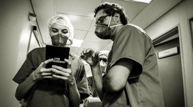 relatos estudantes de medicina pacientes terminas de Covid