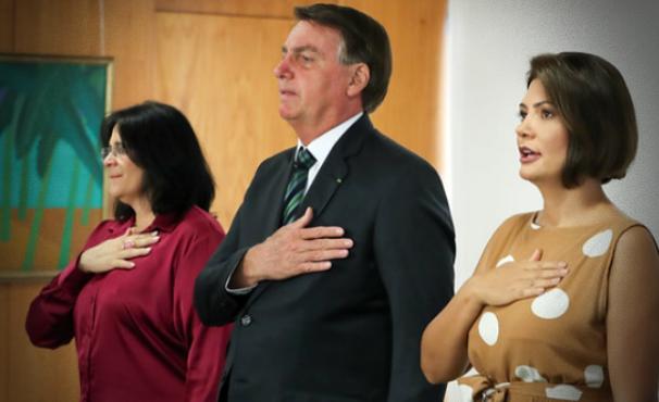 Bolsonaro investir pauta de costumes queda na aprovação