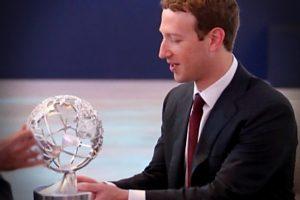 facebook-mundo-sem-lei-antidemocratico-escravos