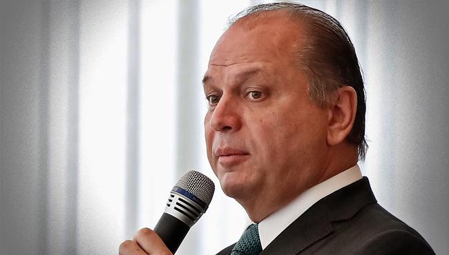 Líder de Bolsonaro admite Lava Jato prendeu Lula eleição de 2018