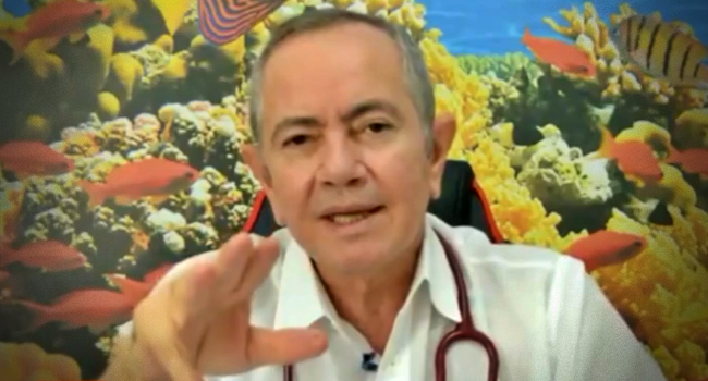 Médico investigado tomar CoronaVac Oxford dias São Paulo Bolsonarista