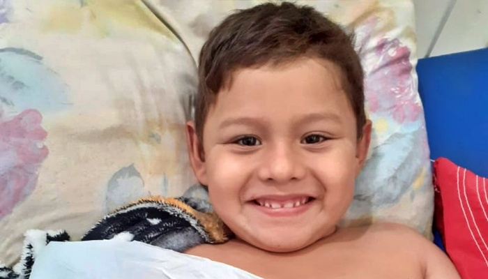 menino Saimon Gabriel hospital de Manicoré enfaixar braço morre amazonas