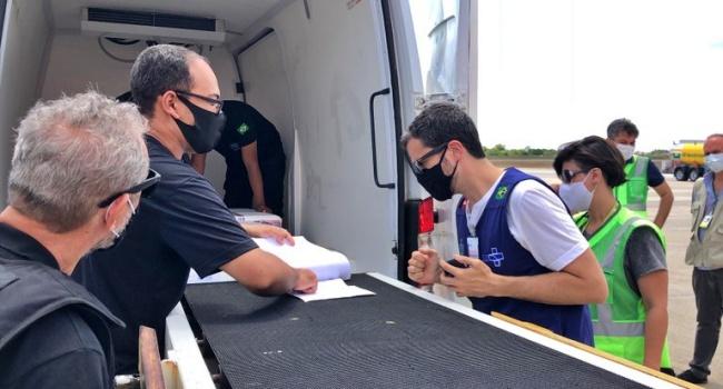 Paraíba recebe vacina contra a Covid-19 coronavac