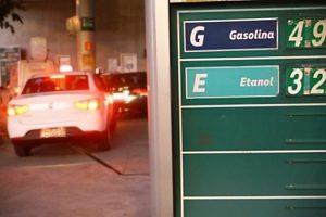 petroleo-e-nosso-lucro-dos-outros