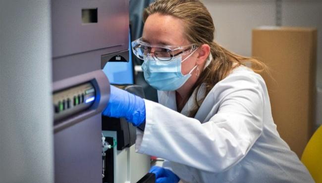 Vacina de Oxford evita transmissão do coronavírus após a 1ª dose