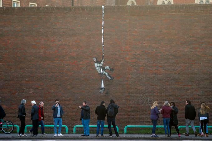 grafite bansky prisão inglaterra