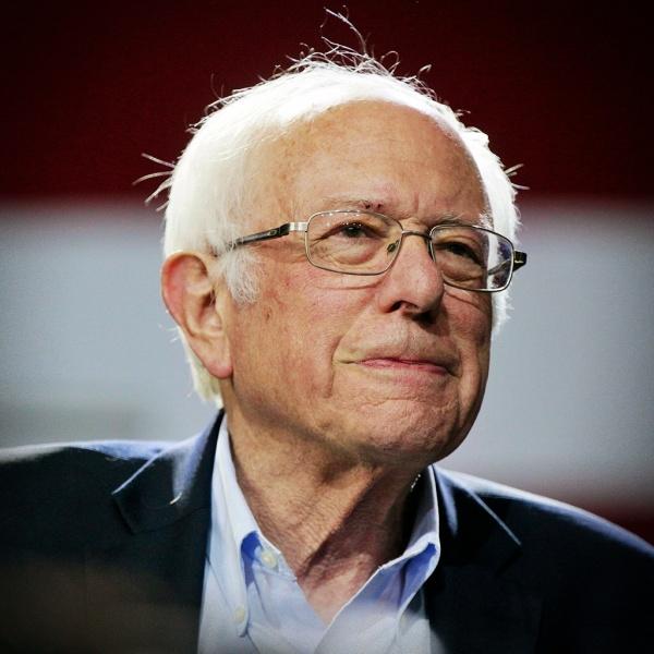 Bernie Sanders comemora anulação dos processo de Lula Vitória democracia
