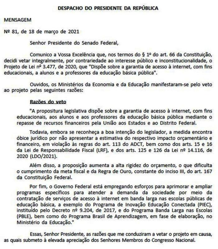 Bolsonaro veta projeto internet grátis professores alunos