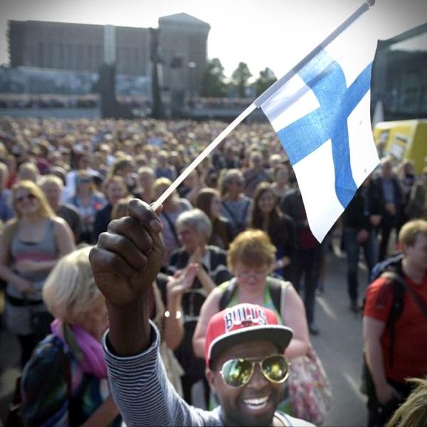 Finlândia é o país mais feliz do mundo seguido