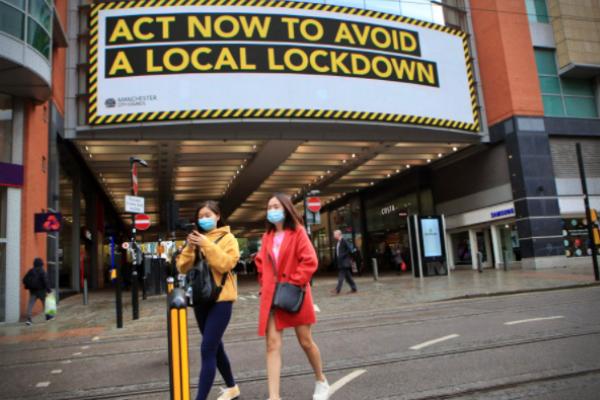 lockdown vacinação Reino Unido mortes dia de Covid