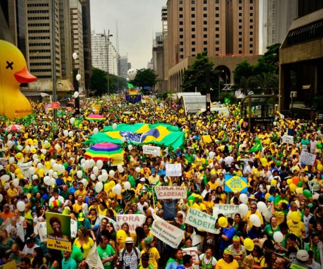 Brasil cai ranking de PIB per capita especialistas década perdida