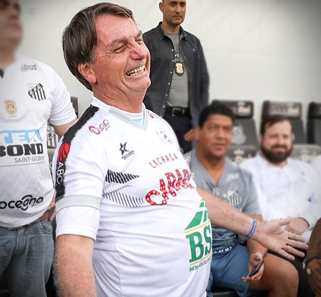 Férias de Bolsonaro custaram milhões cofres públicos