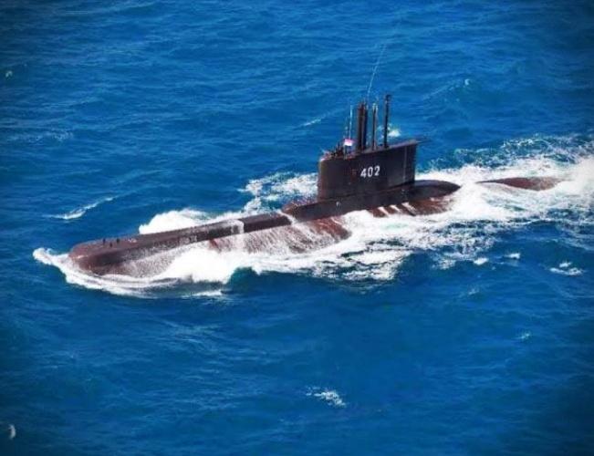 Submarino Indonésia encontrado com todos tripulantes mortos