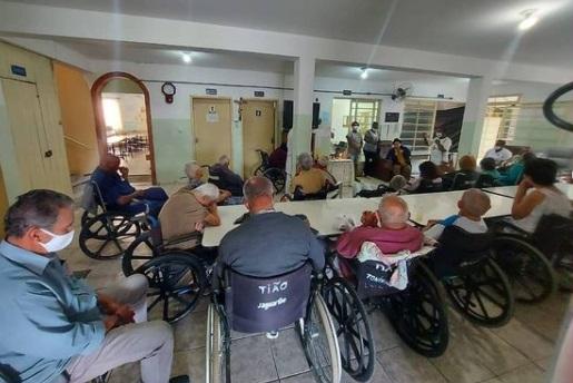 asilo idosos covid